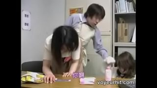 japanese mom and daughter -9