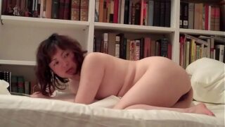 CHINESE HOOKER – FIRST TIME ANAL (BELLA)